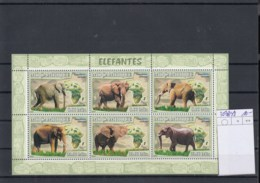 Mocambique (BBK) Michel Cat.No. Mnh/** Sheet 3038/3043 Elefant - Mozambique