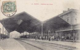 REIMS - INTERIEUR DE LA GARE  Circulée Timbrée 1907 - Reims