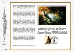 """"""" HOMMAGE AUX MINEURS DE COURRIERES """" Sur Feuillet CEF 1er Jour N°té En Soie De 2006. N° 1811s. N°YT 3880. Parfait état. - Autres"""