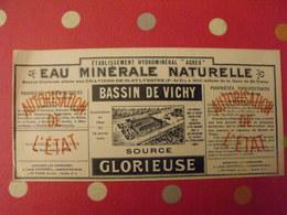 Publicité Eau Minérale Naturelle Bassin De Vichy, Source Glorieuse. Vers 1930 - Publicités