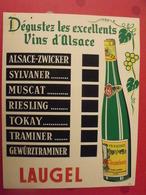 Plaque Publicitaire En Carton Imprimée. Vins D'Alsace Laugel. Marcel Jost à Strasbourg. Vers 1960 - Plaques En Carton