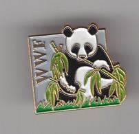 Pin's WWF Panda Réf 5887 - Dieren