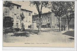 11 QUILLAN . Place De La République Animée , édit : L Escudié , Années 10 , état Extra - Altri Comuni