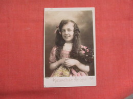 Young Girl With Long Hair      Ref 3103 - Fashion