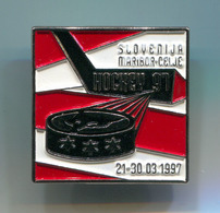 Ice Hockey Eishockey - Maribor Celje 1997. Slovenia, Pin, Badge, Abzeichen - Winter Sports