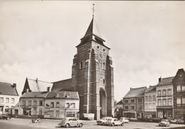 Wavre , L'église , Voiture ,auto ,VW Coccinelle ,Opel ,Renault ,Citroën , Oldtimer - Wavre