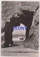 CPSM 10X15 De  QUIBERON  (56) - SOUS L'ARCHE De PORT BLANC - N° IB 1215 -1957 - Quiberon