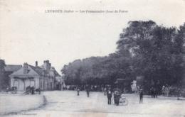 36 - Indre - LEVROUX - Les Promenades - Jour De Foire - France