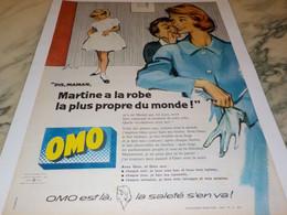 ANCIENNE PUBLICITE MARTINE A LA ROBE  PROPRE  OMO  1958 - Publicité