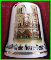 Dé à Coudre Cathédrale Notre Dame De Paris Thimble #18 - Dés à Coudre