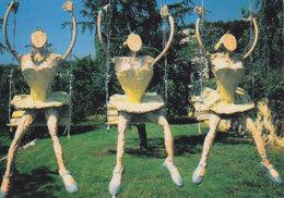 Vence (06) - Galerie Beaubourg - Trois Femmes Sur La Balançoire - Vence