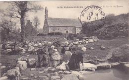 Cpa -29-plouguerneau-animée-chapelle Et Lavoir Du Traon-edi Villard N°5179 - Plouguerneau