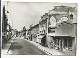 77 - GRETZ-ARMAINVILLIERS - Rue De Paris - CPSM - Gretz Armainvilliers
