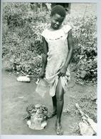 Photo Zaïre Bunia-Nyakasanza. Jolie Petite Cuisinière Et Son Brasero Typique Congo 1988 Photo-service PP. Blancs - Africa