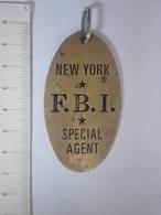FBI  F.B.I. U.S. USA SPECIAL AGENT NEW YORK PENDANT MEDAL BADGE SOUVENIR POLICE - Police