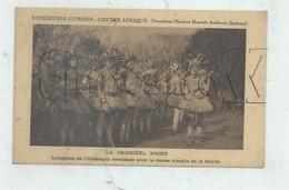 Bouar (République Centrafricaine): Danseur De L'Oubangui Costumés Pour La Gan'za Env 1930 (animé, Croisière Citroën) PF - Centrafricaine (République)