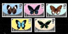 2 Series De Islas Salomón Nº Yvert 213/16 Y 227 ** MARIPOSAS (BUTTERFLIES) - Islas Salomón (1978-...)