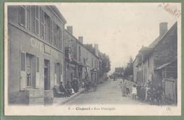 CPA Top Animation - CREUSE - CLUGNAT - RUE PRINCIPALE - Café Du Centre, Attelage, Cycle & Tricycle Enfant - Auberger - Francia