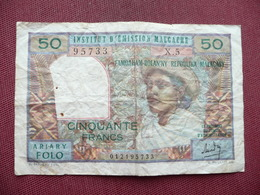 MADAGASCAR Billet De 50 Francs - Madagascar