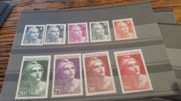 LOT 430652 TIMBRE DE FRANCE NEUF** LUXE N°725 A 733 - France