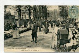 95 - L'ISLE ADAM - Le Marché - L'Isle Adam