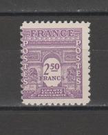 FRANCE / 1944 / Y&T N° 626 ** : Arc De Triomphe Unicolore 2F50 Violet - Gomme D'origine Intacte - Unused Stamps