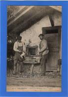 64 PYRENEES ATLANTIQUES - Palombière, Entrée Des Palombes Dans La Cabane (voir Descriptif) - Francia
