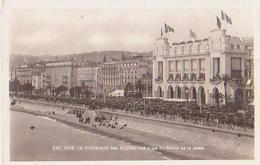 Nice   1537        L'a Promenade Des Anglais, Vue Prise Du Palais De La Jetée - Nice