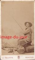 Amusante Photo CDV   Pêcheur Pêche Photo Taluffe Mantes   PRIX FIXE - Anciennes (Av. 1900)