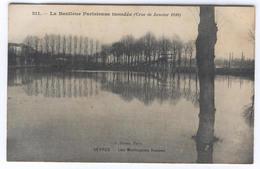 La Banlieue Parisienne Inondée (Crue De Janvier 1910) SEVRES Les Montagnes Russes (Pub KUB) - Sevres