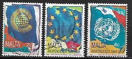 MALTE    -   1989 .   Y&T N° 788 à 790 Oblitérés  . Drapeaux - Malta