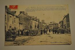 56 Morbihan Mauron Rue De La Poste Arrivee De La Trinite Porhoet Et D Illifaut - Autres Communes