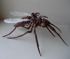 - ARTHUR ET LES MINIMOYS - Le Moustique - Longueur 40cm - - Figurines