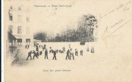 AL 991 / CPA  VERSAILLES   (78)   ECOLE SAINT JEAN -  COUR DES PETITS INTERNES - Versailles