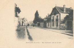 A M  23 / CPA   RAMBOUILLET      (78)   RUE NATIONALE COTE DE LA GARE - Rambouillet