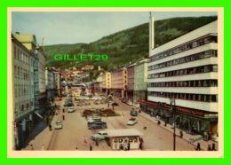 BERGEN, NORVÈGE - TORVALMENNINGEN, THE MAIN STREET IN BERGEN - FOTO, NORMANN - ANIMATED WITH OLS CARS - - Norvège