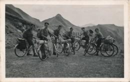 H231 - Coeurs Vaillants - St-Jacques Des Etats Unis - Lyon - L'équipe Des Dirigeants Au Puy-Mary - Scoutisme