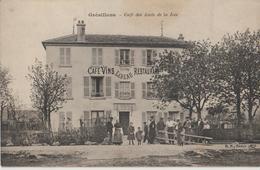 GRESILLONS - Café Des Amis De La Joie - Maison LEBEAU - Restaurant. Personnages Au Premier Plan. Carte Animée. - Autres Communes