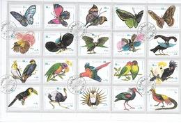 FUJEIRA 1972 /Grand Bloc 20 T. Oiseaux-Papillons Obl. / 27.5 Cm X 18 Cm Marges Incluses / Sera Plié En 2 Pour L'envoi !! - Fujeira