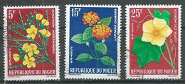 Niger YT N°135-137-139 Fleurs Oblitéré ° - Niger (1960-...)