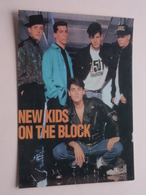 NEW KIDS ON THE BLOCK ( 1236 - Made In E.E.C. ) Anno 19?? ( See/zie/voir Photo ) ! - Chanteurs & Musiciens