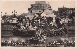Cp , 33 , BORDEAUX , Le Monument Des Girondins (Groupe Nord) Par Dumilâtre - Bordeaux