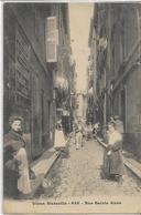 13 MARSEILLE . La Vieille Ville , Rue Saint-Anne Animée  , édit : Lacour , Années 1900 , état Extra - Autres