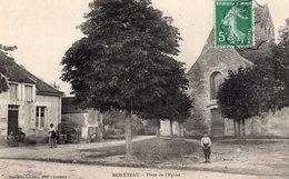CPA, Monéteau, Place De L'Eglise, Animée - Moneteau