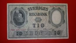 D-0295. Sweden 10 KRONOR 1944 RED NUMBERS !! - Suède