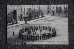 Musique De La Garde Républicaine, Revue D'honneur. - Regiments