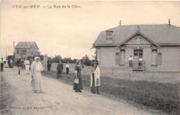 14 - Calvados / 10028 - Ver Sur Mer - La Rue De La Côte - Beau Cliché Animé - Défaut - Se Décolle - France