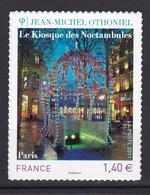 Autoadhésif N° 525** Le Kiosque Des Noctambules à Paris - France