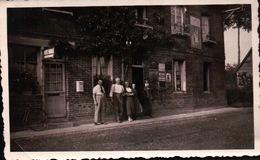 PHOTOS Lieu  A Identifier Devanture De Commerce , Poste , Devanture En Brique Rouge - Photographs