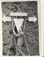 Photo - Turkey / İzmir - 1940/50: Izmir Young Man Under The Fairground Signs. - Turchia